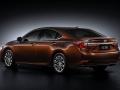 2016 Lexus ES 200 005