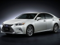 2016 Lexus ES 300h 001