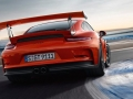 2016 Porsche 911 GT3 RS On the track
