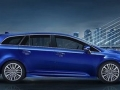 2016 Toyota Avensis Side View Blue