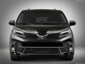 2018 Toyota Sienna front end