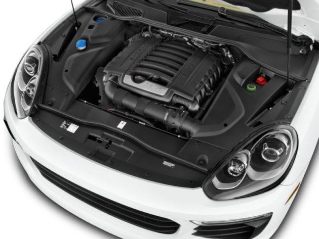 2016 Porsche cayenne Engine - Source: thecarconnection.com