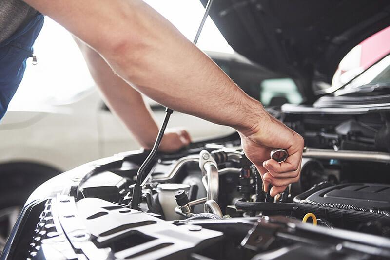 8 Must-Have Tools in your DIY Car Repair Kit | New cars ...